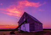 Corn-Crib-at-Sunset