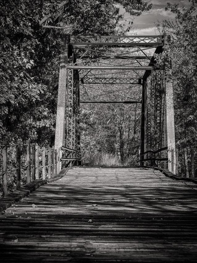 Hazen-Bridge-BW-3